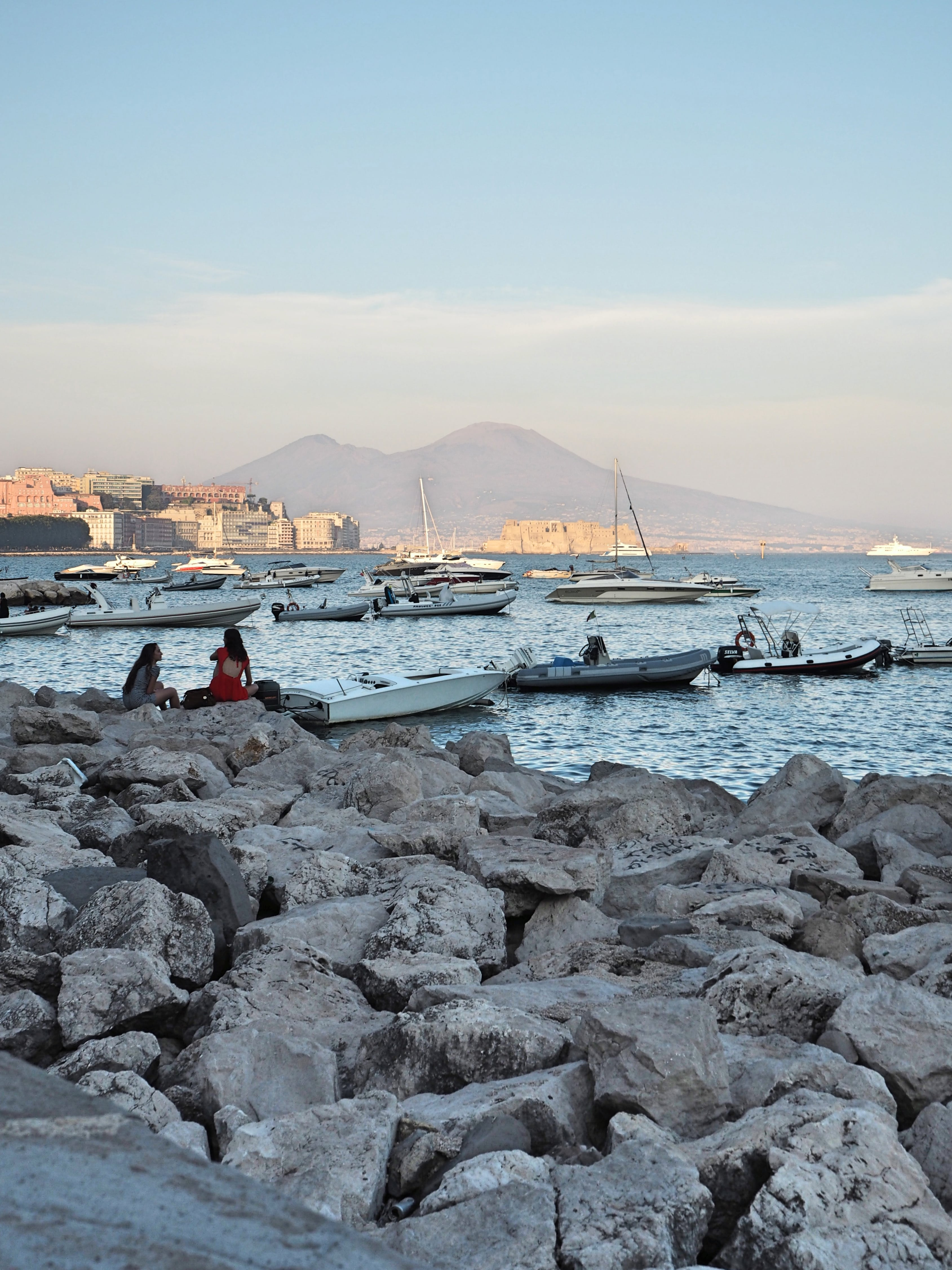 Napoli_seaside_vesuvio